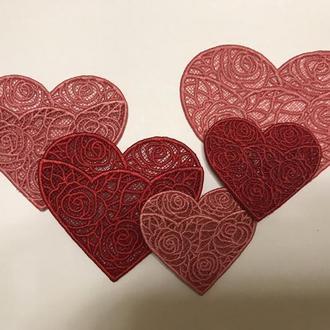Вышитий конверт-сердечко для записок коханим