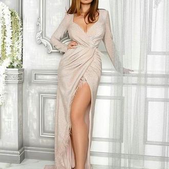 Вечернее платье с перьями пудра скидка