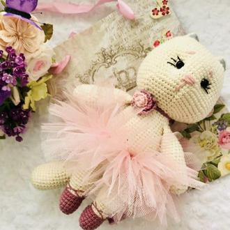 Кошка - балерина амигуруми