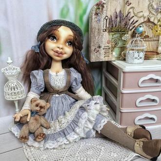 Інтер'єрна текстильна лялька «дівчинка з ведмедиком»