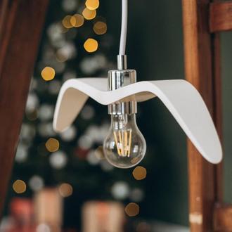 Деревянный светильник ручной работы Ночная Птица Белая (White Night Bird). Подвесной светильник.