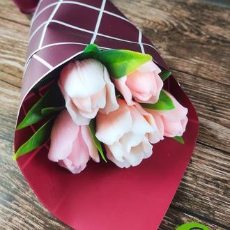 Букет из 5 тюльпанов 2