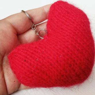 Брелок. Подвеска. Пухнастое сердце.