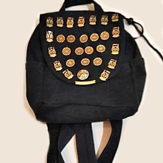 Джинсовий рюкзак з золотистой фурнітурою