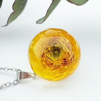Подарок девушке цветы на 8 марта день рождения Кулон с лютиком (модель № 2782) Glassy Flowers
