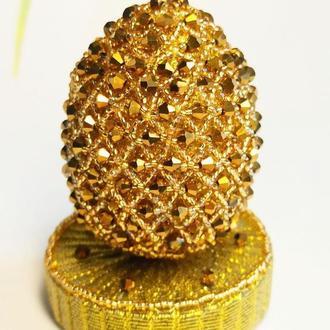 Золотое эксклюзивное яйцо из бисера с подставкой, Лучший подарок на Пасху