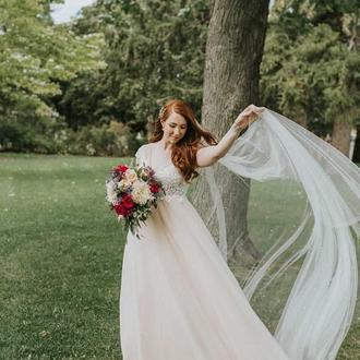 Весільна фата з перлинами