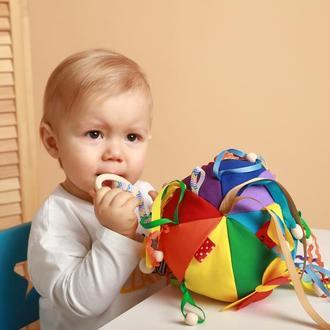 Развивающий мячик для самых малленьких