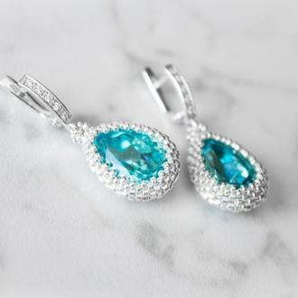 Бирюзовые серебряные серьги капли с кристаллами Swarovski и фианитами