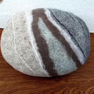 Камень-подушка войлочный, пуф-камень