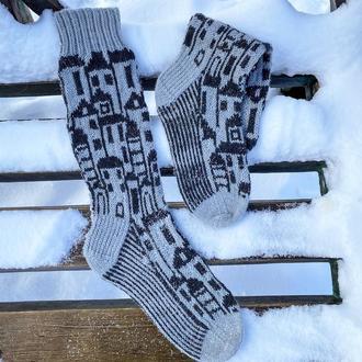 Вязаные шерстяные носки