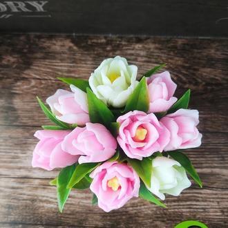 Букет из 9 пышных тюльпанов
