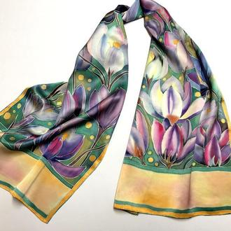 """Шелковый шарф """"Поляна крокусов"""" натуральный атласный шелк"""