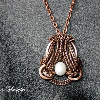 "Кулон с жемчугом ""Mariya"", кулон из медной проволоки и камней, кулон на цепочке"