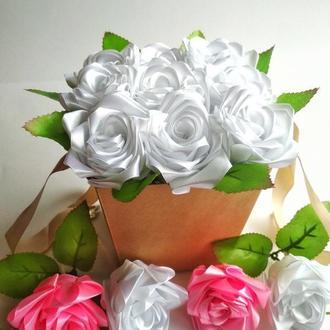 Букет из атласных роз