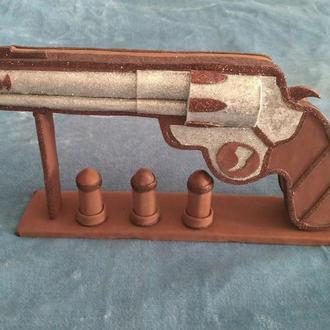 Револьвер сувенир подарочная коробочка