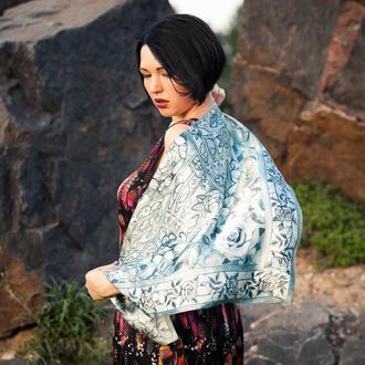 Шейный шелковый платок серебристого цвета с розами, Шелковый платок с цветами, Атласный шелк