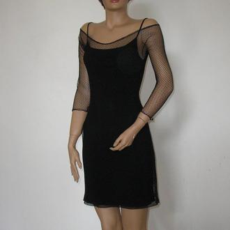 Маленькое черное миди платье коктейльное с рукавами