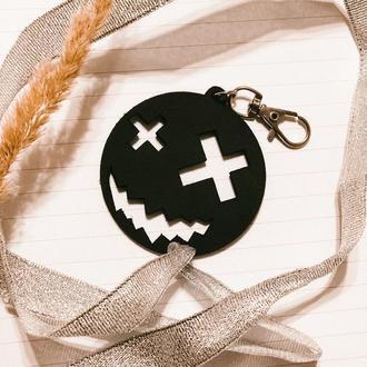 Брелок - символ Хеллоуина подарок