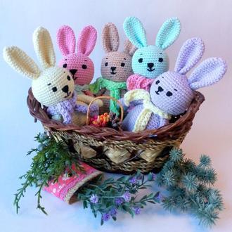 Пасхальный кролик. Кролик амигуруми.