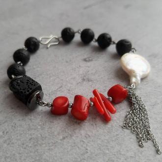 Стильный оригинальный женский браслет с натуральными камнями. Подарок. Браслет с кораллом и жемчугом