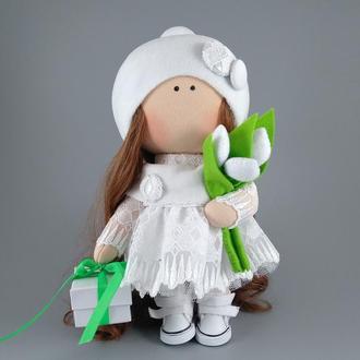 Інтер'єрна лялька з тюльпанами