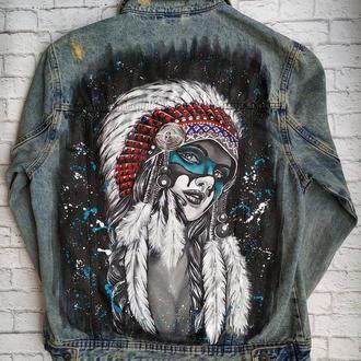 Джинсовая куртка с ручной росписью Индианка