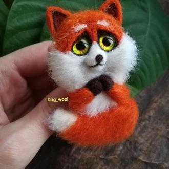 Валяна брошка Лисичка брошь валяная лиса из шерсти подарок