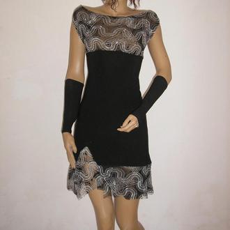 Короткое коктейльное черное платье трансформер,декорированное серой сеткой