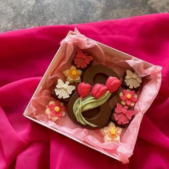 Шоколад к 8 марта - подарочный набор