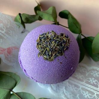 Лавандовая бомбочка для ванны с сухоцветами и эфирным маслом
