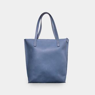 Вместительная кожаная женская сумка на каждый день