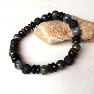 Мужской браслет из натурального камня с бусинами из кокосового ореха