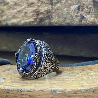 Перстень кольцо серебро с красивым камнем танзанит синего цвета и гравировкой ручной работы