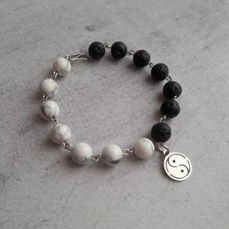 """Браслет """"Инь-Янь"""" из натуральных камней. Стильный браслет. Подарок."""