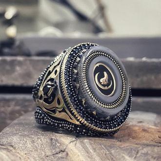 Перстень з вовком і півмісяцем з срібла ручної роботи