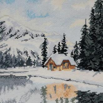 """Вышитая крестиком картина """"Дом у озера"""" Зима"""