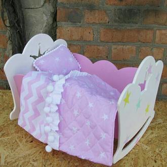 Кровать для кукол с постелью