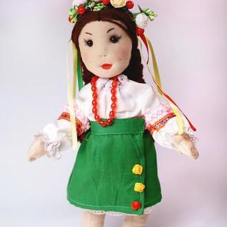 Кукла украинка в национальном костюме