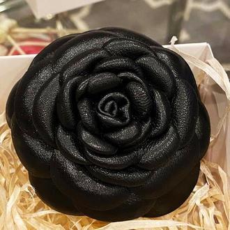 Брошь-роза  «MaryS Leather Accessories», на заказ