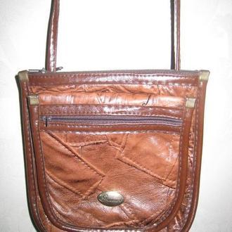 Сумка сумочка маленькая чехол для телефона на длинном ремешке 5 отделений высота - 17 см ширина - 16