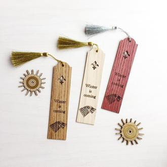 Закладка из дерева «Игра престолов»