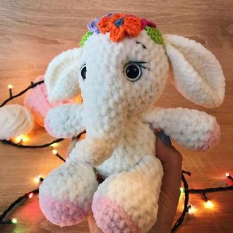 Милый плюшевый слон. Игрушечный слоник. Слоненок.. Вязанные игрушки. Игрушка амигуруми.