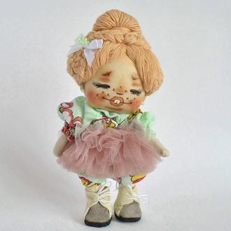 Кукла малышка в платье-пачке. Текстильная кукла ручной работы
