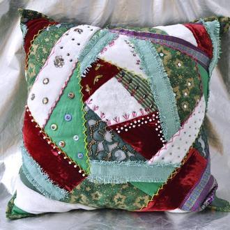 Интерьерная подушка Этно вышивка бисер