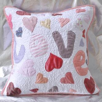 Подушка декоративная Сердечки Love вышивка Печворк
