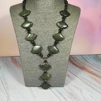 Колье из змеевика натуральный камень оттенки зеленого \ Sk - 0004