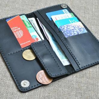 Красивый небольшой портмоне черного цвета из натуральной кожи K39-0