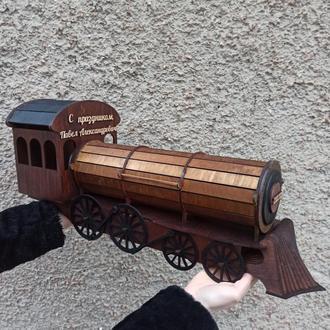 Оригинальный деревянный мини-бар «Поезд» для бутылки и 4-х рюмок
