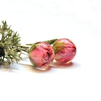 Серьги с темно-розовыми розами в сфере